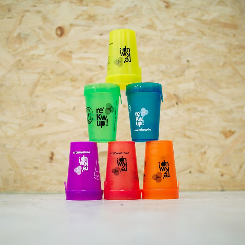 Rekwup est une coopérative écoresponsable qui vous propose la vente ou la location de verres, gobelets et autres produits réutilisables
